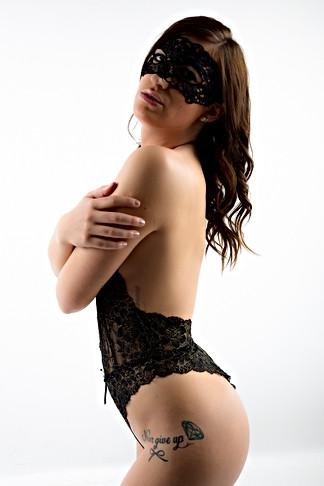 Photo boudoir charme sexy au studio flashetmoi lyon la mulatiere