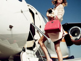 10 Simply Classic Beauty Products You Must Have When Traveling