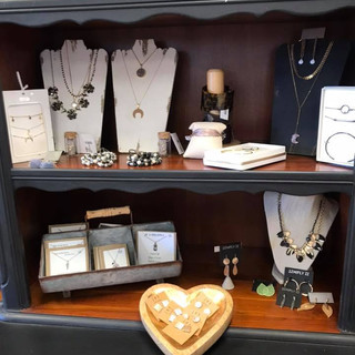 Jewelry and Women's Accessories