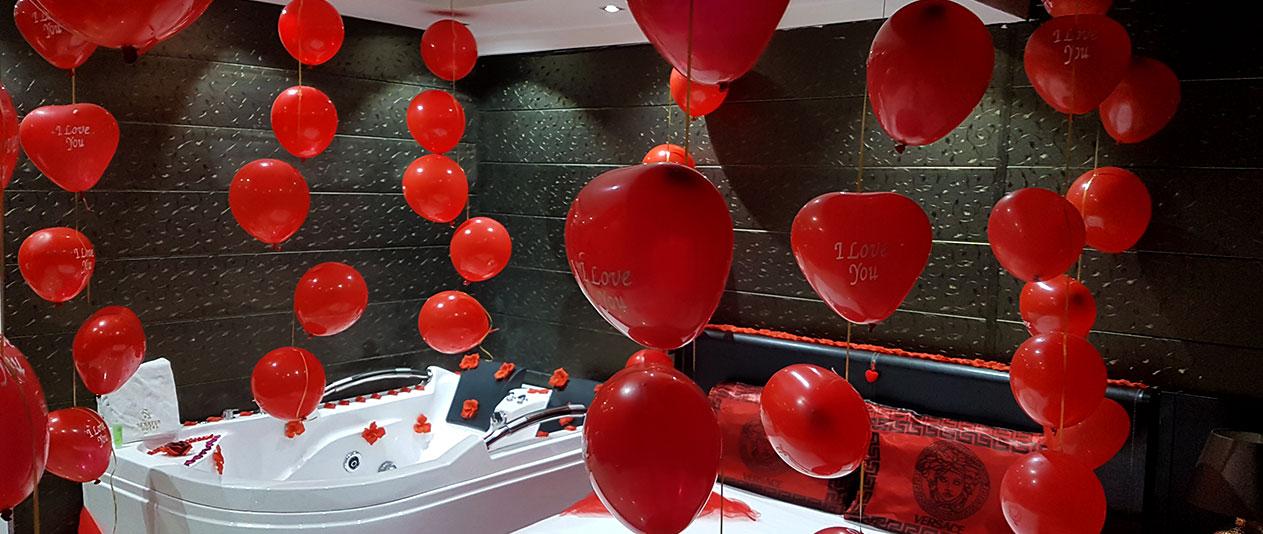 Balloons & rose petals