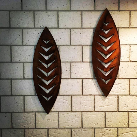 900mm Corten Arrow wall art