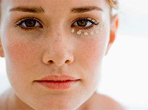 Área-dos-olhos-Irradie Beleza-cosméticos