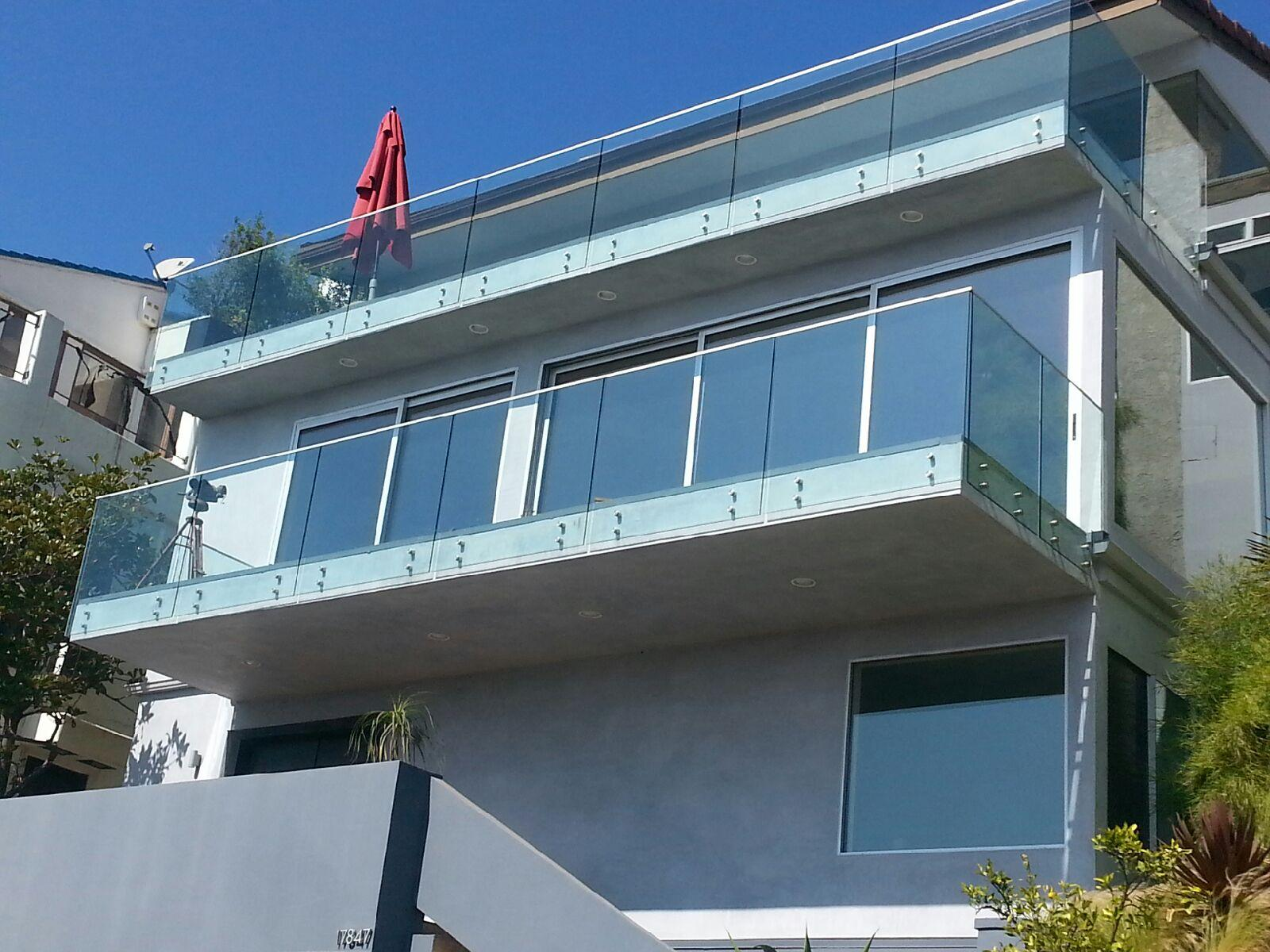 Glass Railing Systems for Balcony