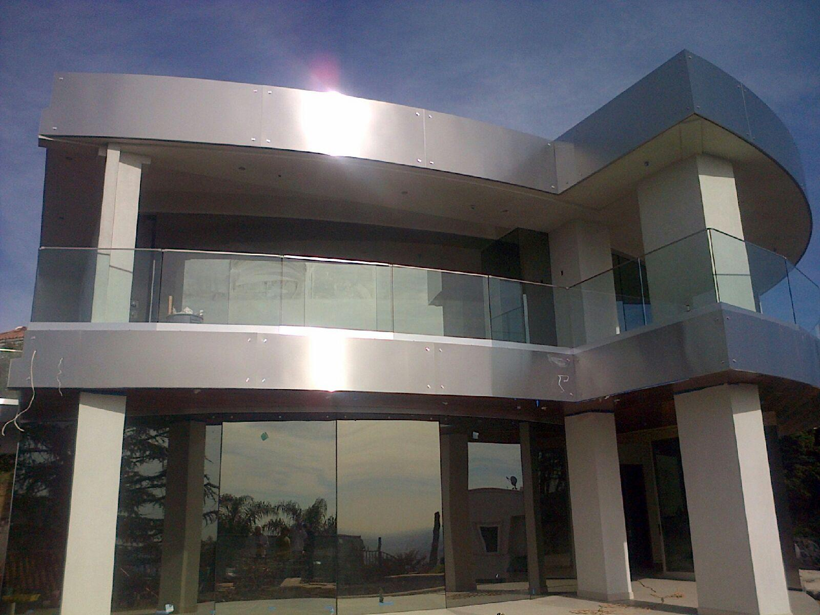 Residential Glass Railing System