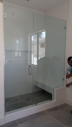 Shower Enclosure/Doors