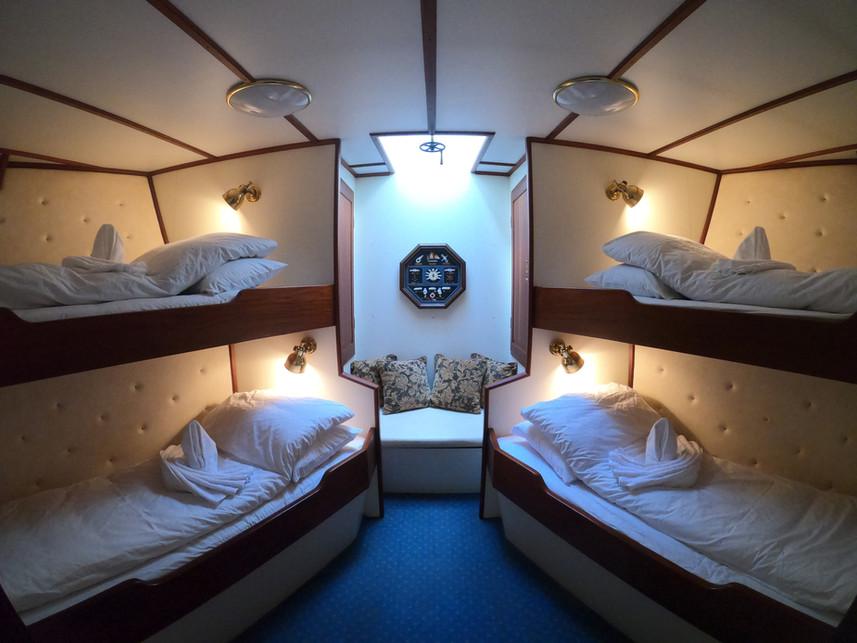 Cabin B-cabin for 4 aboard sailing yacht stella oceana