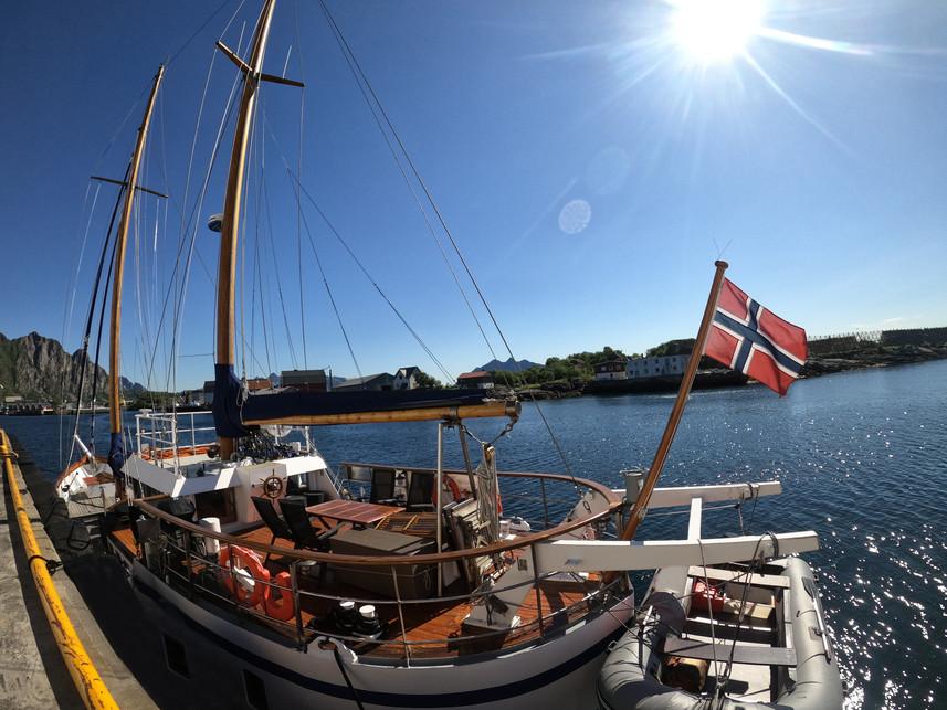 S/Y Stella Oceana - World Sea Explorers
