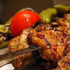 Grilled chicken skewer (Harbiye Tavuk)