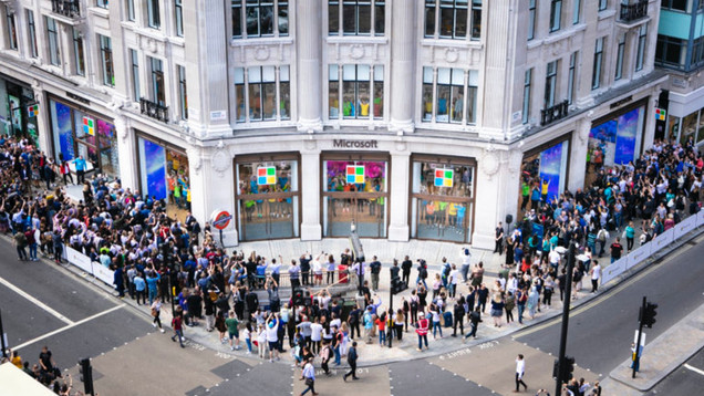 Visionary_Experiential_Creative_Agency_Event_Microsoft Retail_Store Openings_6