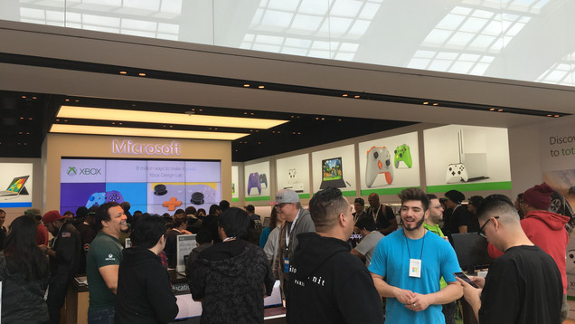 Visionary_Experiential_Creative_Agency_Event_Microsoft Retail_Store Openings_4