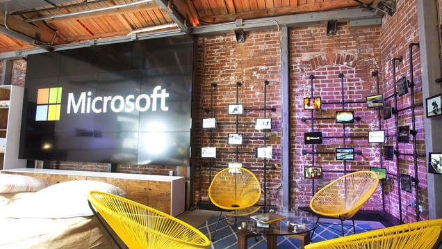 Visionary_Experiential_Creative_Agency_Event_Microsoft Venice Influencer Lounge_1