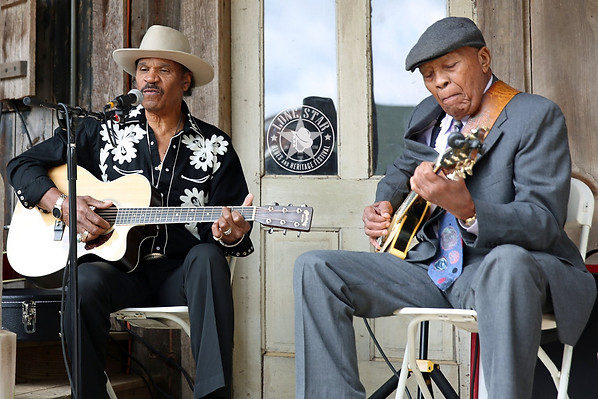 On his birthday, Benny teamed up with Milton Hopkins, cousin of Lightnin' Hopkins, for a touching acoustic set.