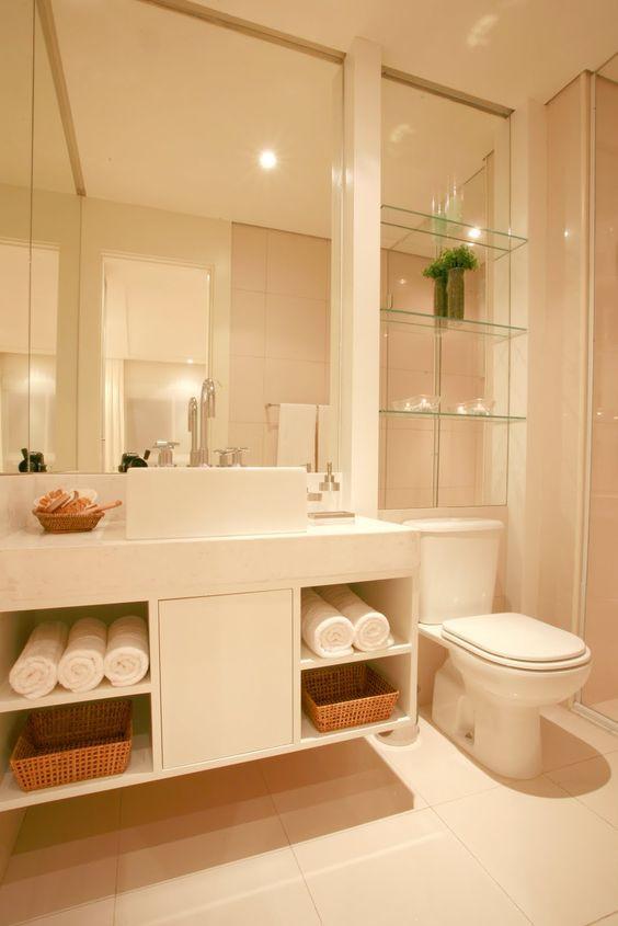 nicho de vidro no banheiro