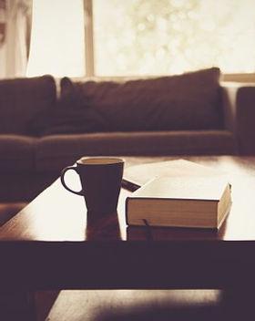 living-room-690174__340.jpg