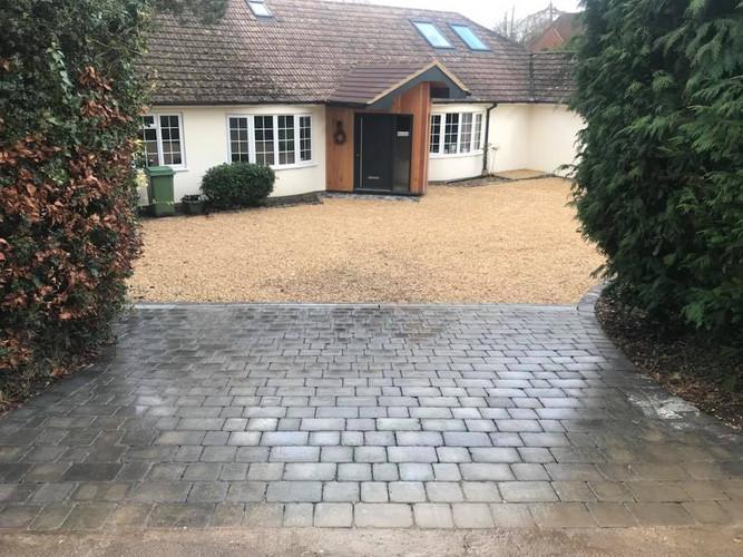 Gravel driveway Newbury