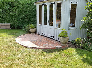 SummerHousePatio3.jpg