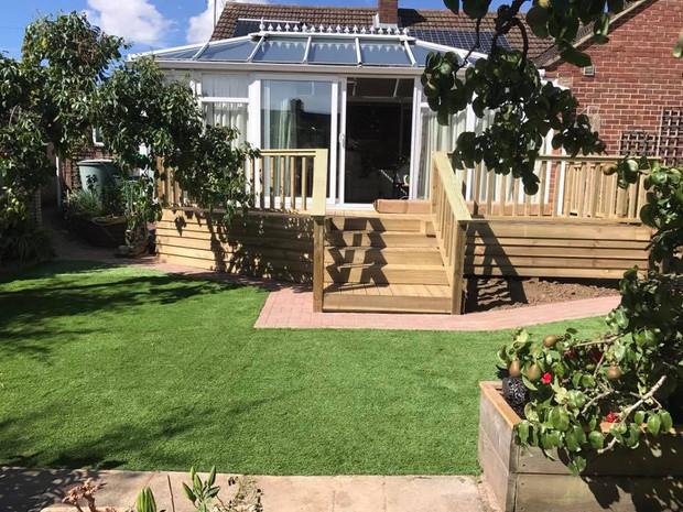 Garden Features Newbury