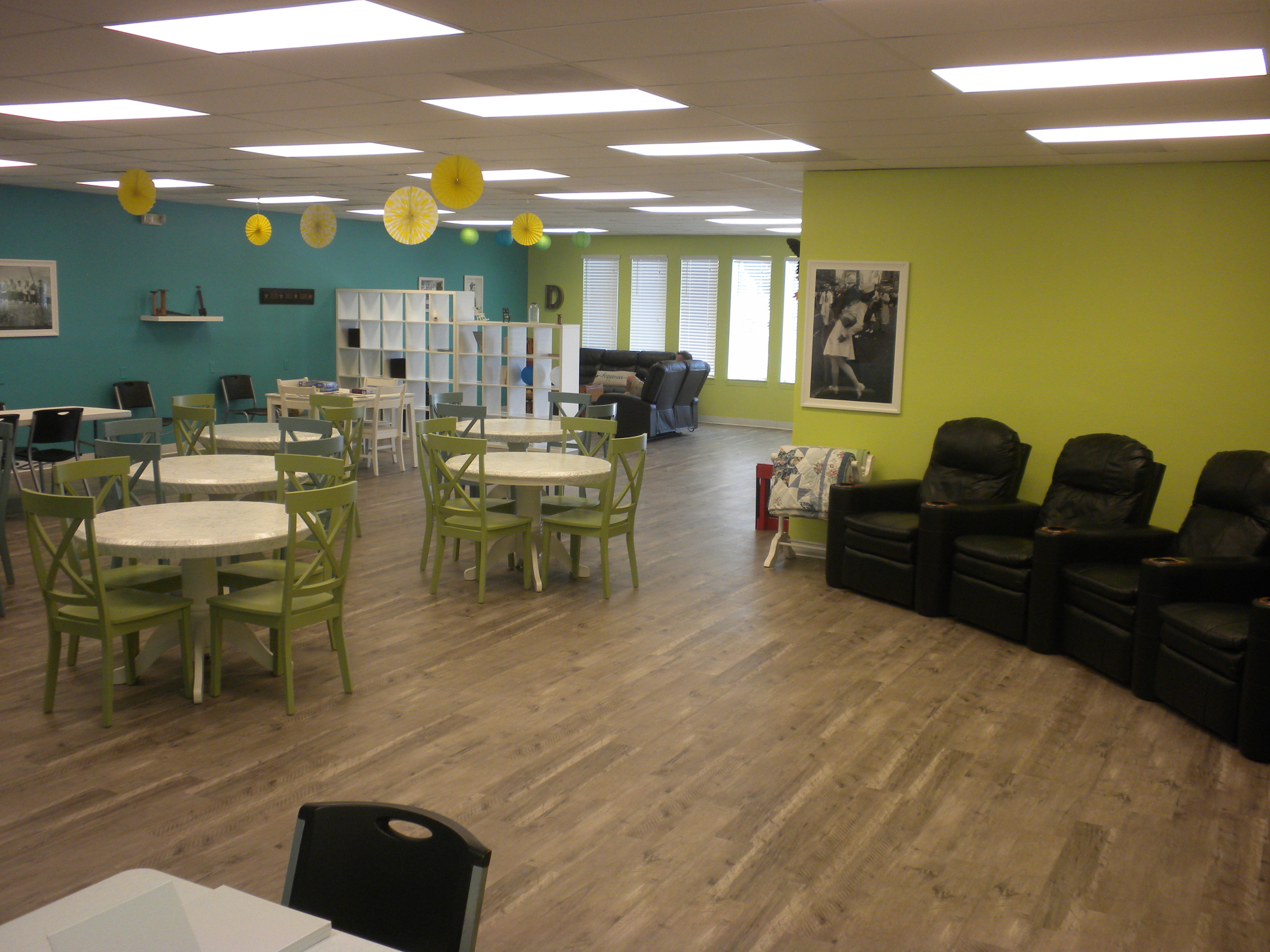 Daycations adult day care day room