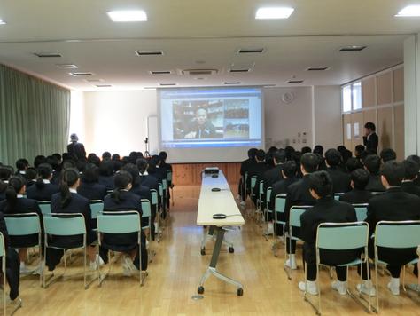 弊社CEO・中林が福岡県の高校でシリコンバレーからの遠隔授業を行いました