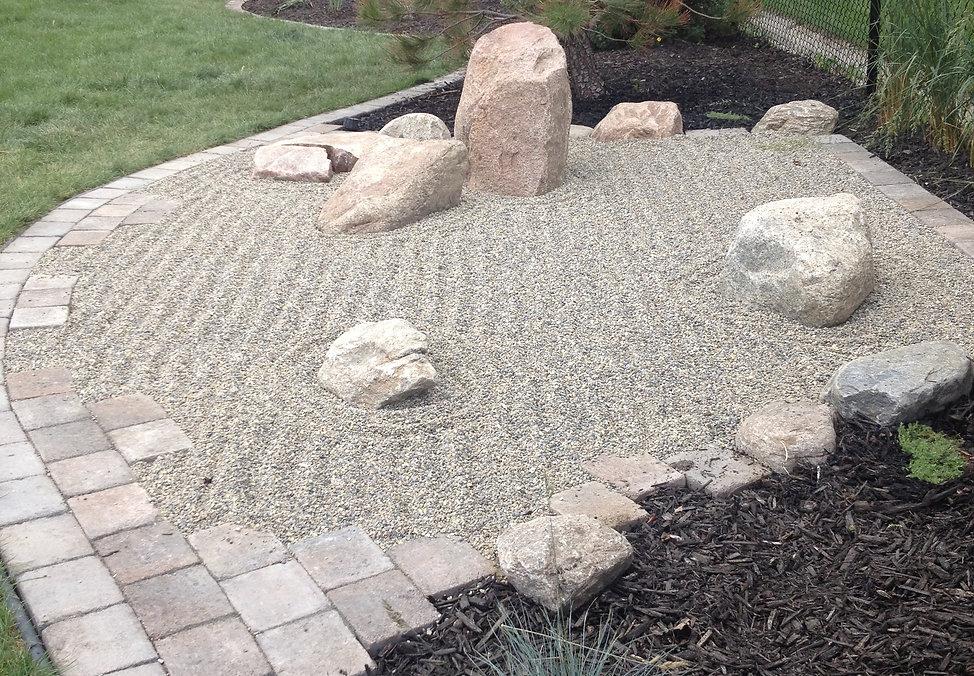 Japanese Garden, Rocks, Bouldes, Fielstone, Granite, Paving Stone, Edging Mulch