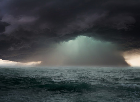 Navegando em meio a tempestade