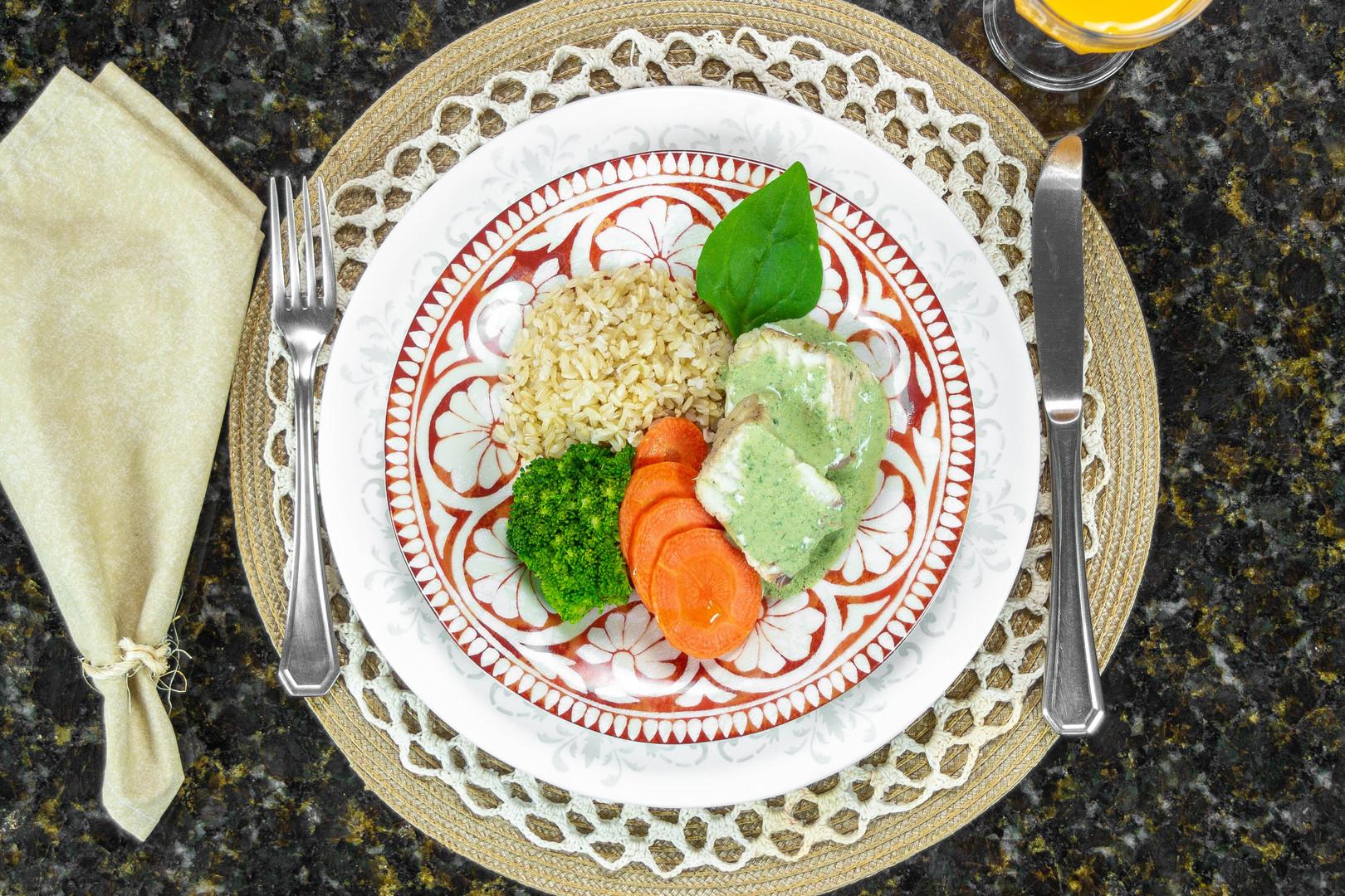 Filé de peixe arroz integral