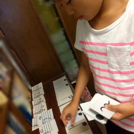 Maple音楽教室♪ リトミック、音符カード遊び♬
