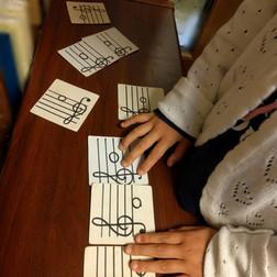 Maple音楽教室 ソルフェージュ、カード遊び、リトミック