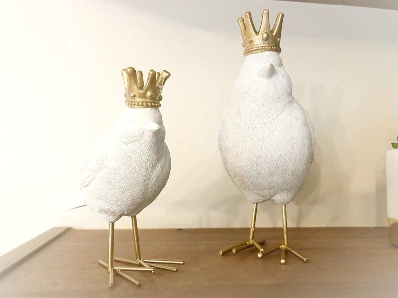 Birds%20with%20Crowns_edited.jpg