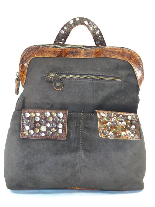 Zaino medio donna in camoscio con borchie - Bruno Rossi Bags