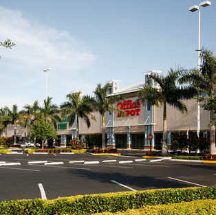 SOUTHPORT RETAIL CENTER