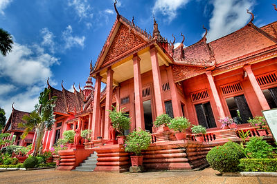 Cambodia tour promo package with War Museum & Dance Show promo package 2017