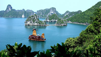Vietnam with Ho Chi Minh & Halong Bay Tour Package 2017