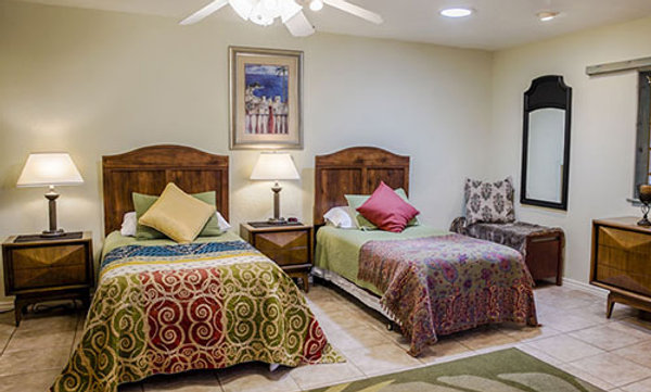 Sage: 3 Twin Beds with Full Private Bath