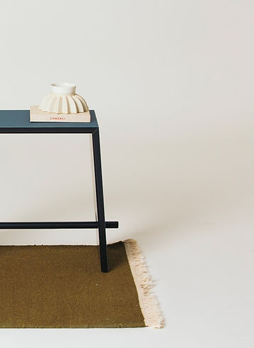 stool nodari design