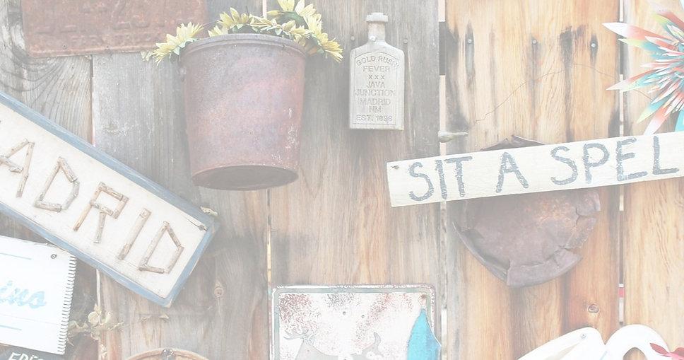 coffee-shop-1007898_1920_edited.jpg