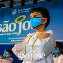 Instituto São José homenageia a Mãe de Jesus com a tradicional Coroação de Maria