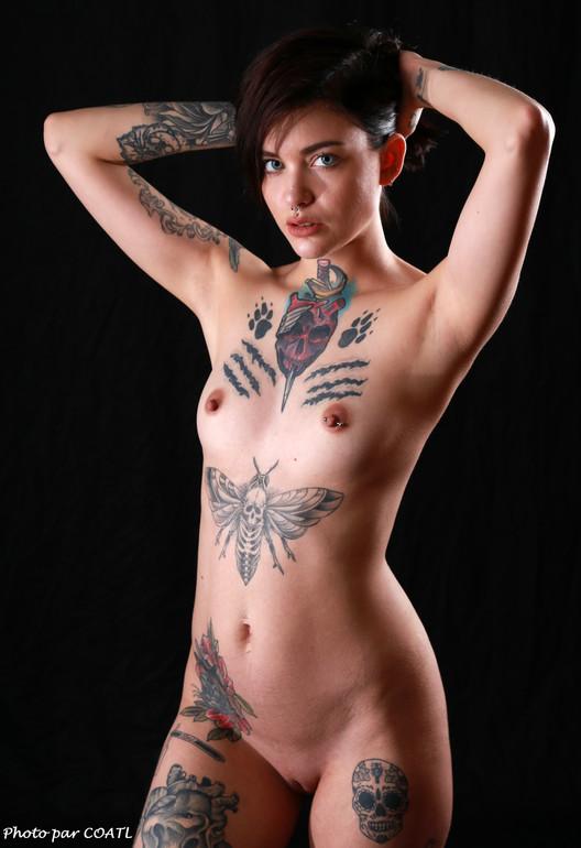 April Laurenz et ses tatouages