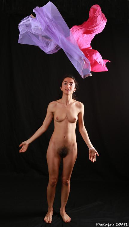 Mimi en violet et rose