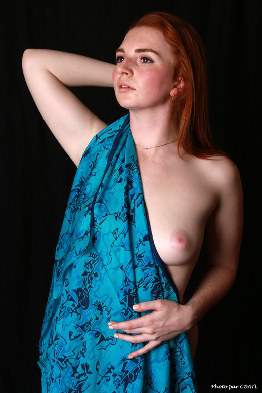 Jules Koun, canadienne en turquoise