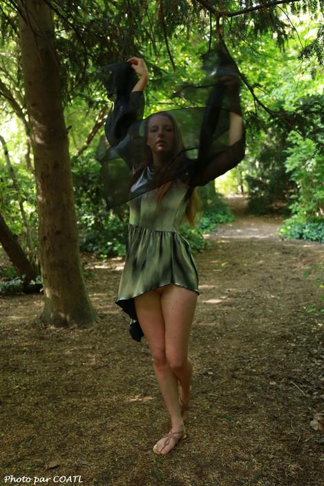 Marina en forêt
