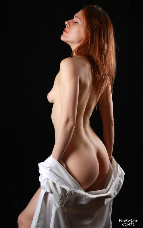 Radmila en blanc