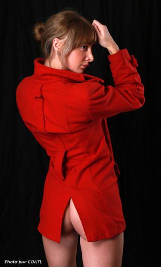 Kathrynlmt, en rouge