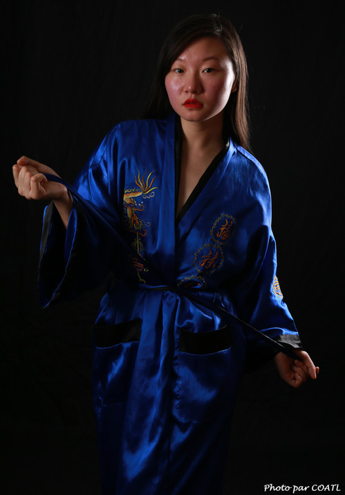Lin Xizi en bleu