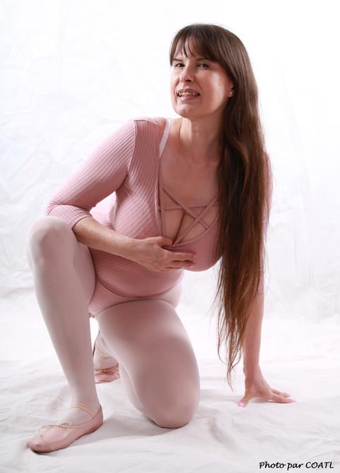 Jolanne, danseuse