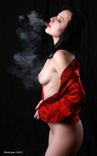 La reine Linden en fumée