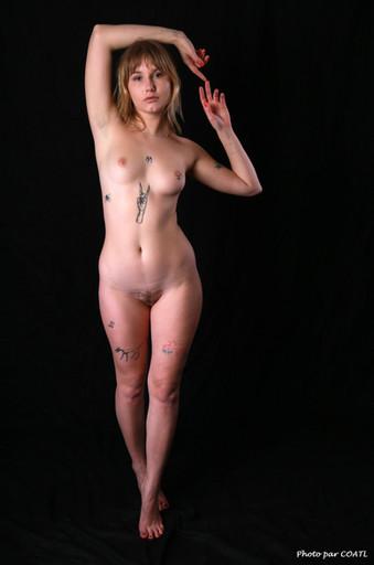 Sofia Loria nue