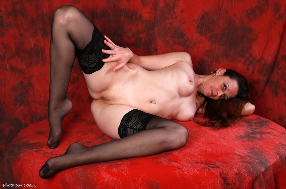 Gaëlle Bouton sur rouge & noir