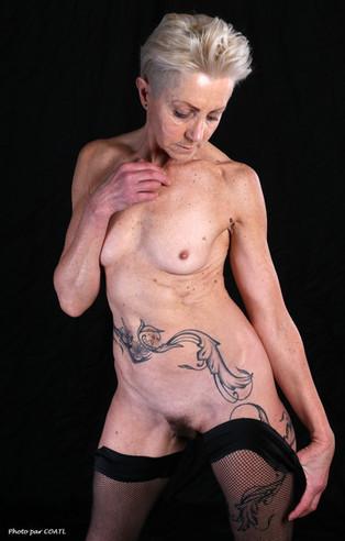 Mikywampa, petite tenue noire
