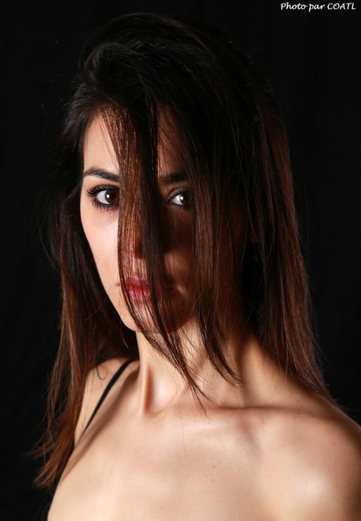 Nola, portrait
